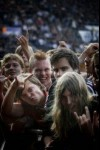 Public fan de metal