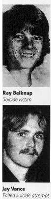 Ray Belknap (en haut) et James Vance