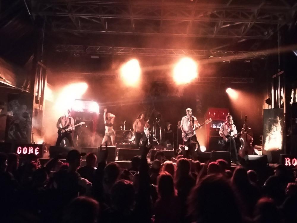 Banane Metalik - Panic Fest 4