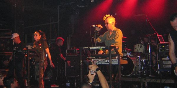 Kmfdm - L'Usine, Genève, 14/07/2004