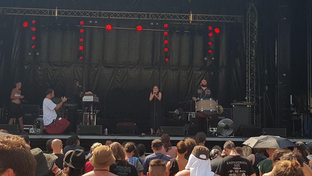 Din Brad - Ragnard Rock Fest Part 1, 19/07/2015